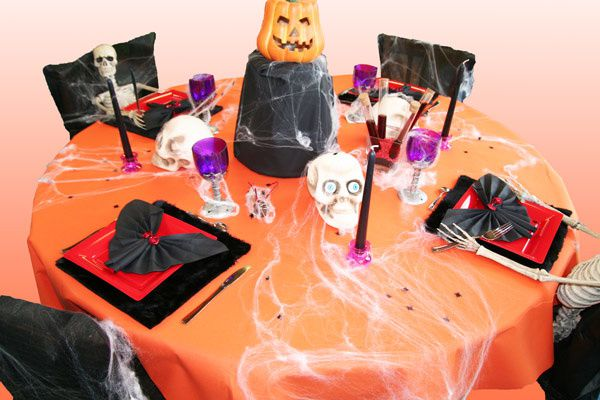 D coration de table halloween 2011 d corations f tes for Decoration de table pour halloween