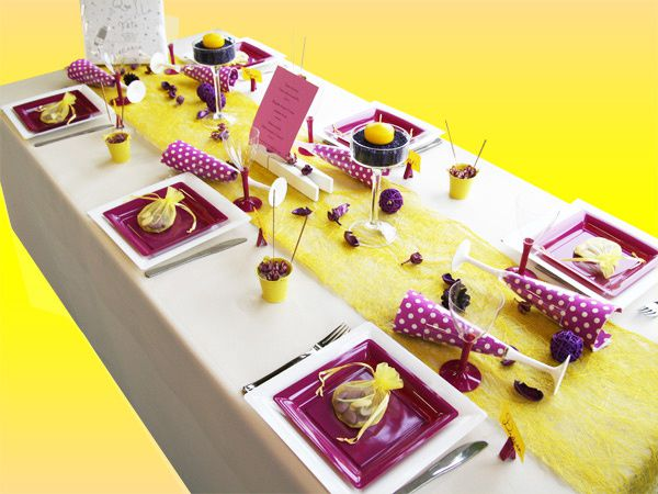 D coration de table anniversaire jaune gris prune d corations f tes - Deco table d anniversaire ...