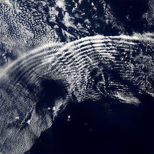 gravity-waves-540x540.jpg