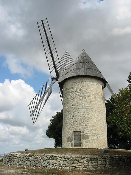 Moulin-du-chateau-de-montpezat_d-Agenais.JPG
