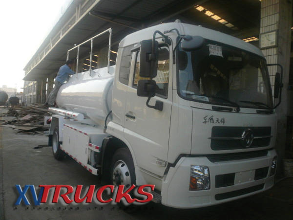 Camions citernes chassis porteurs export Chine I