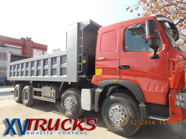 CAMION BENNE HOWO 6X4