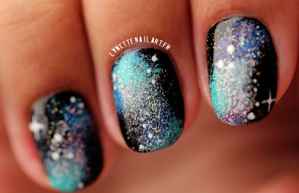Nail art galaxy blue1