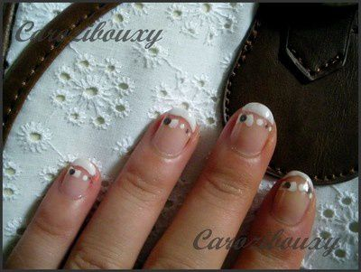 manucure-french-blanche-et-petit-noeuds-pour-mariage.jpg