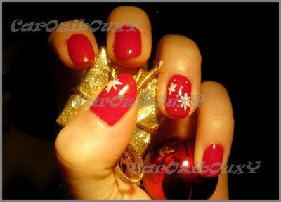 nail,art,de,noel,carozibouxy,rouge,blanc,flocon,