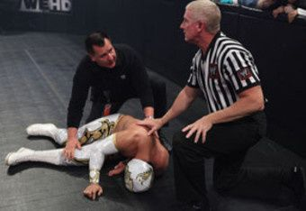 sin-cara-injured_crop_340x234.jpg