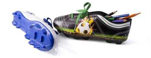 chaussure football trousse ecole originale 33