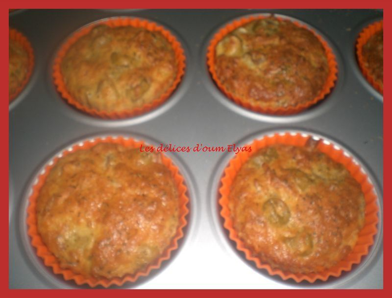 Muffins_sal_s_aux_olives__2_