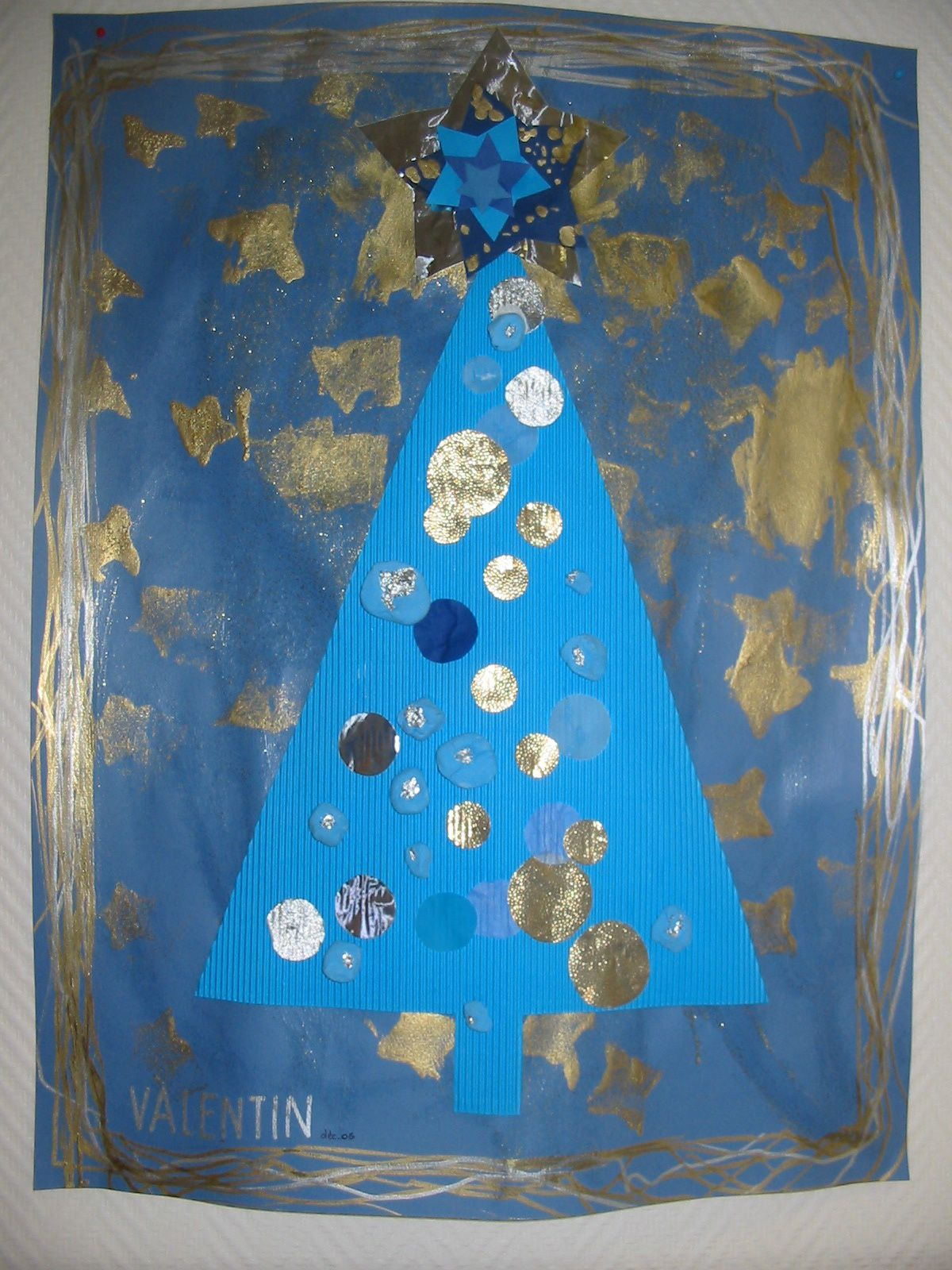 Album noel bleu blog de reinette et blog d 39 instit for Decoration porte noel maternelle