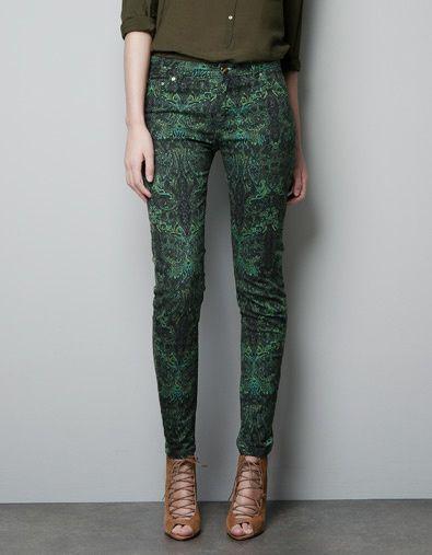 Pantalon-imprime-cachemire-vert-Zara.jpg