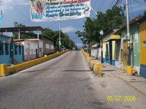 El-Puente-Gomero-de-Urachiche.jpg