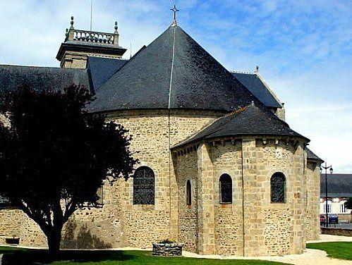 abbatiale-st-gildas-de-rhuys-morbihan-copie-1.jpg