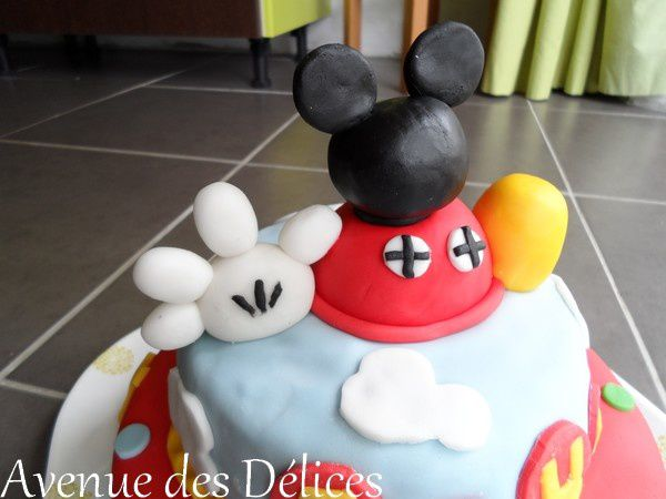 gateau-mickey--2-.JPG