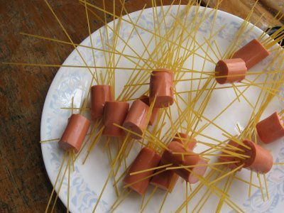 spaghetti-hot-dogs2.jpg
