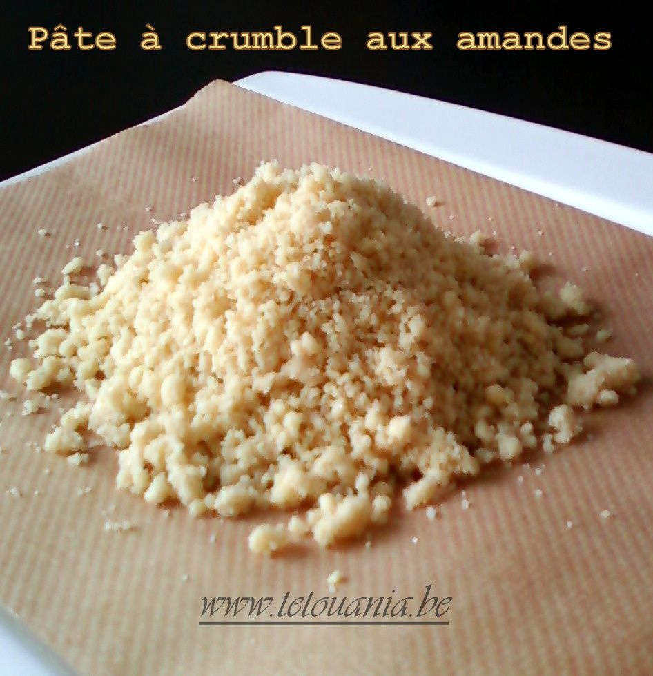 p te crumble aux amandes blogs de cuisine. Black Bedroom Furniture Sets. Home Design Ideas