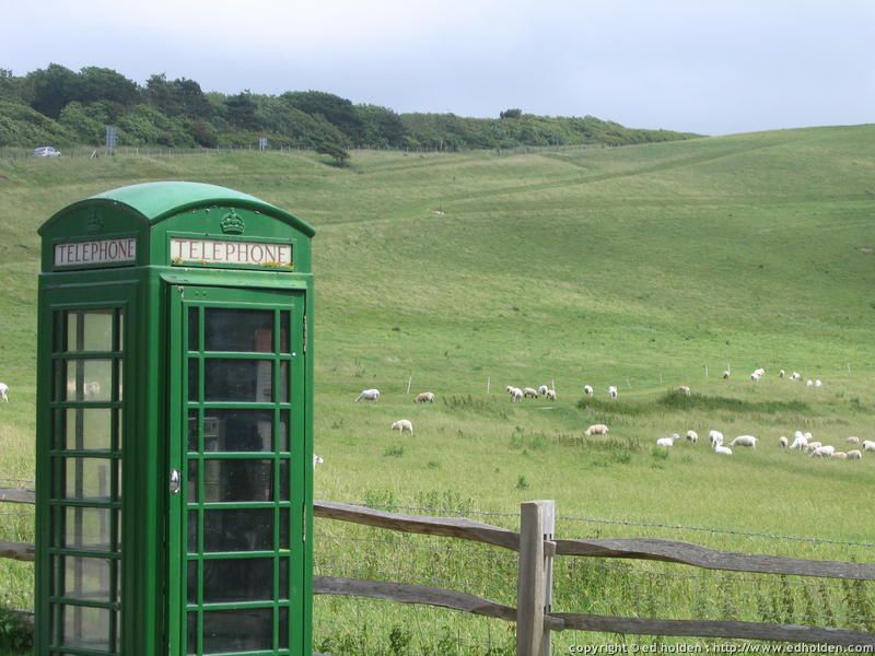 20070629-0162---South-Downs-Way---Green-phone-booth-near-Ri.jpg