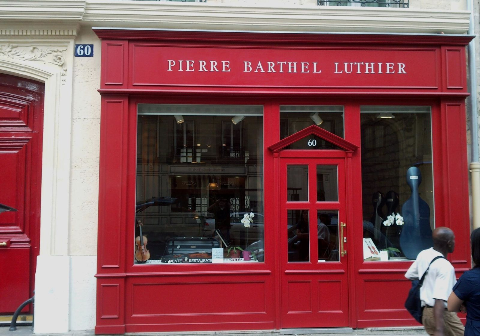 letters painted on shop window pierre barthel workshop street of rome signs brands and. Black Bedroom Furniture Sets. Home Design Ideas