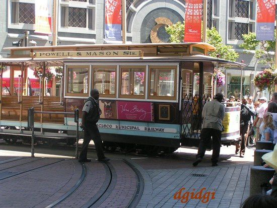 Cable-Car-S-F--24-.JPG