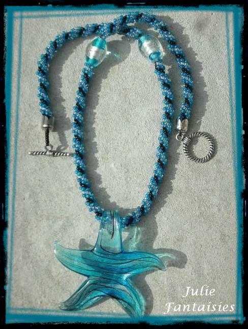 AC-40-Collier-etoile-murano-bleu-et-noir.jpg