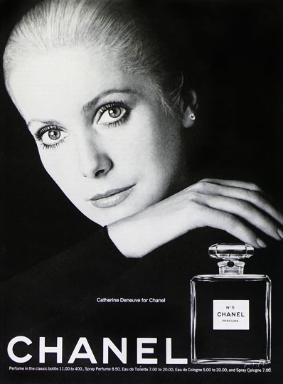 Catherine-Deneuve-Chanel.png