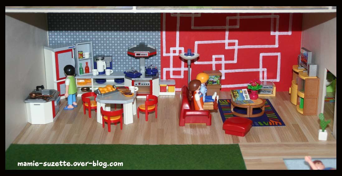 maison playmobil fait main en cartonnage le blog de mamie. Black Bedroom Furniture Sets. Home Design Ideas