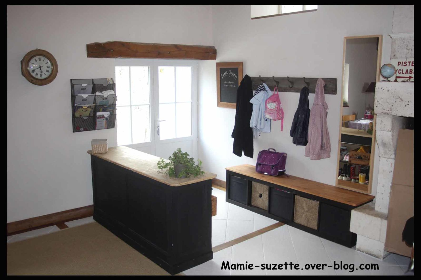 Am nagement de l 39 entr e le blog de mamie for Meuble de separation cuisine