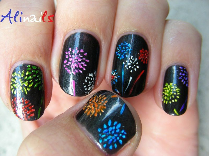 Tuto nail art nouvel an motif feu artifice accueil - Nail art nouvel an ...