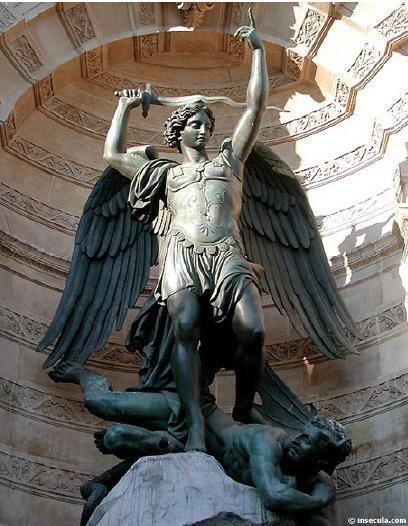 saint-michel-statue.jpg