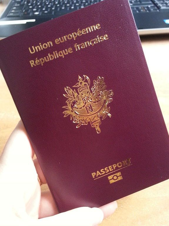 services citoyens documents officiels etranger article comment faire demande passeport