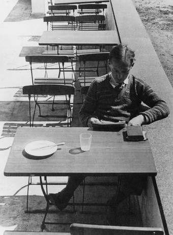 Hajo-Rose-Joseph-Thain-1932-Bauhaus-Archive-Berlin-c-VG-Bi.jpg