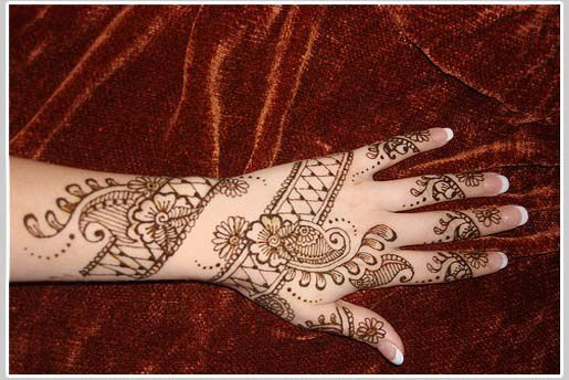 Latest-Mehndi-Designs-Images-2011c.jpg