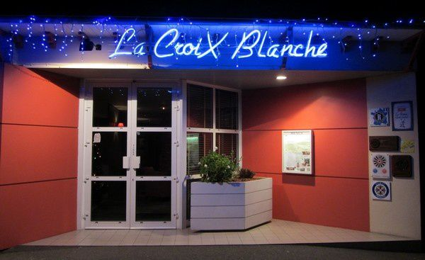 restaurant la croix blanche impressions d 39 ouest le blog de philippe g. Black Bedroom Furniture Sets. Home Design Ideas