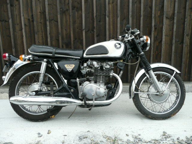 album honda 450 dohc breizh moto ancienne. Black Bedroom Furniture Sets. Home Design Ideas