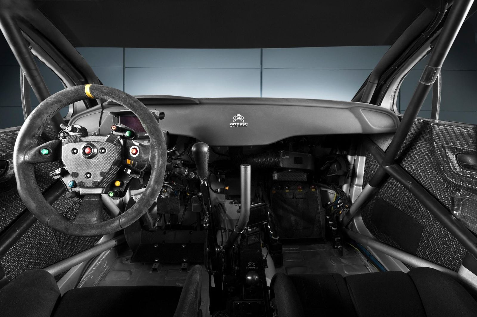 La technique l 39 habitacle for Interieur wrc