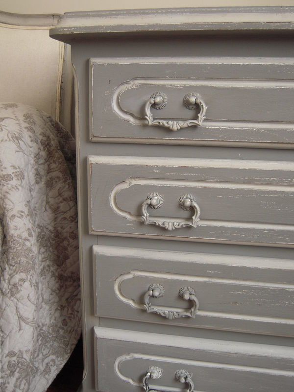 commode ancienne patin e gris antique et gris bleu gustavien patine et gaufre blog. Black Bedroom Furniture Sets. Home Design Ideas