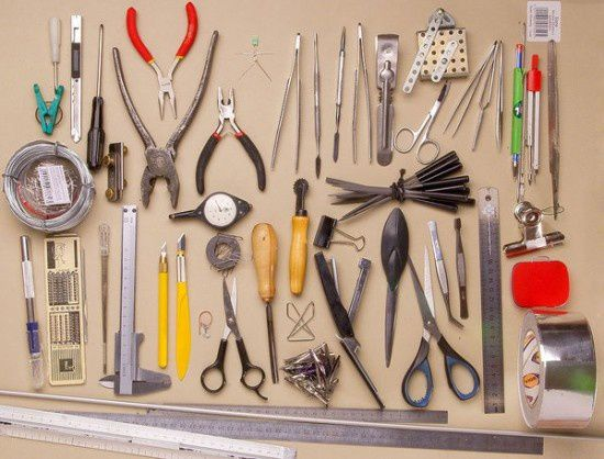 00-people-two_the-tools-550x418.jpg