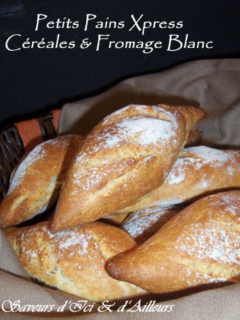 Petit-pains-cerelaes-fromage-blanc-1.jpg