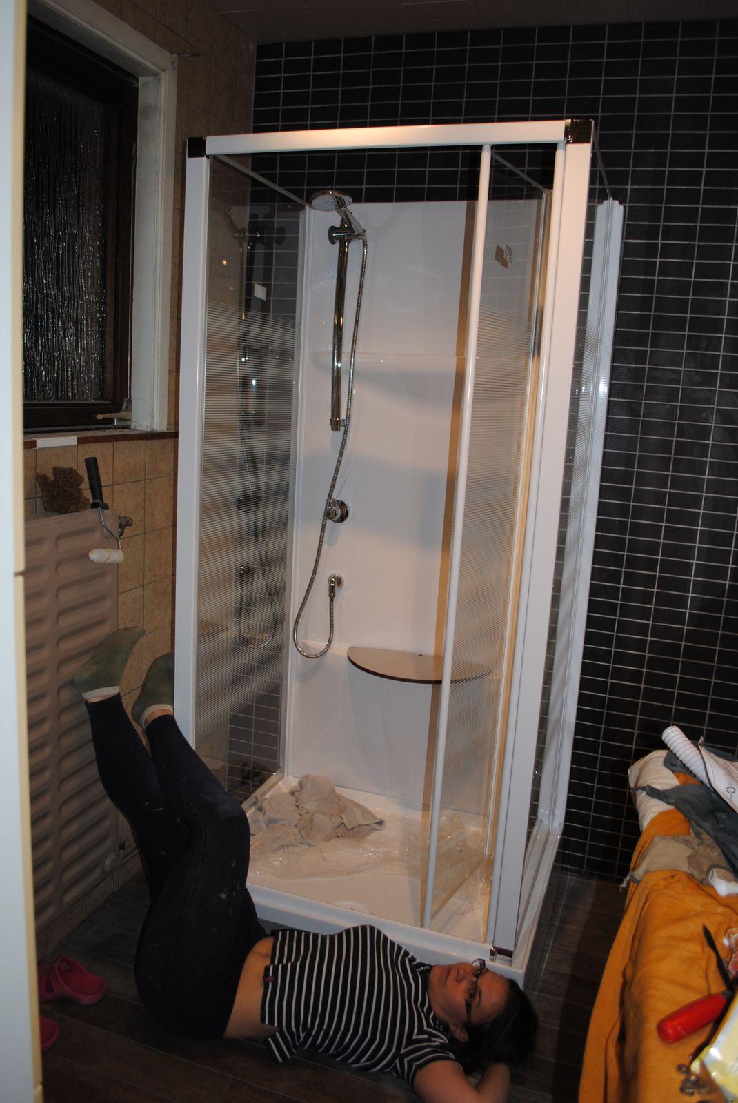 ma salle de bain titemag19. Black Bedroom Furniture Sets. Home Design Ideas