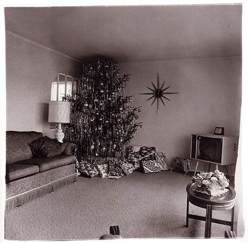 xmas-tree-in-a-living-room-in-levittown-l-i-1963