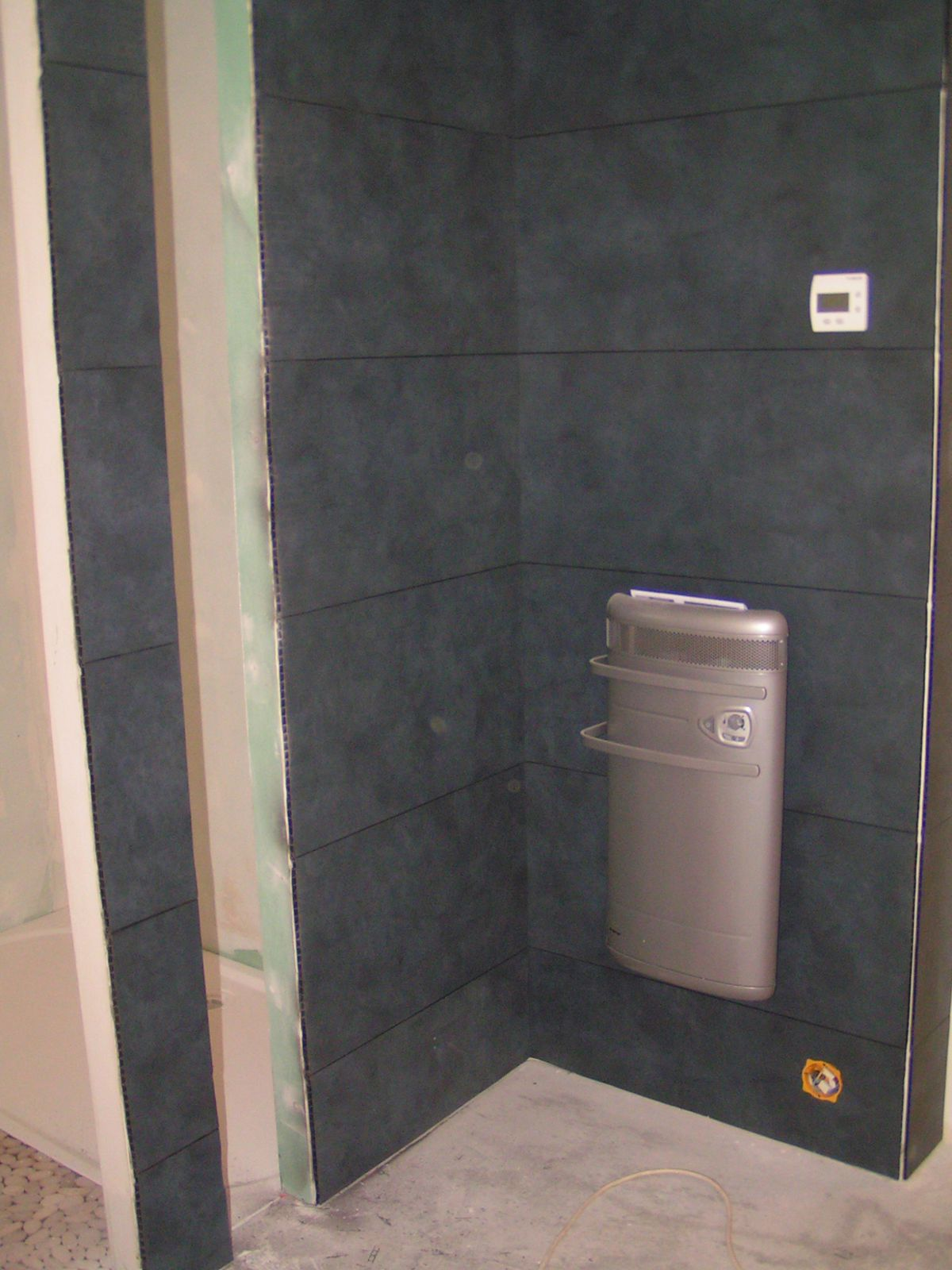 Agrafer du lambris bois travaux renovation ajaccio - Lambris pvc mur salle de bain ...