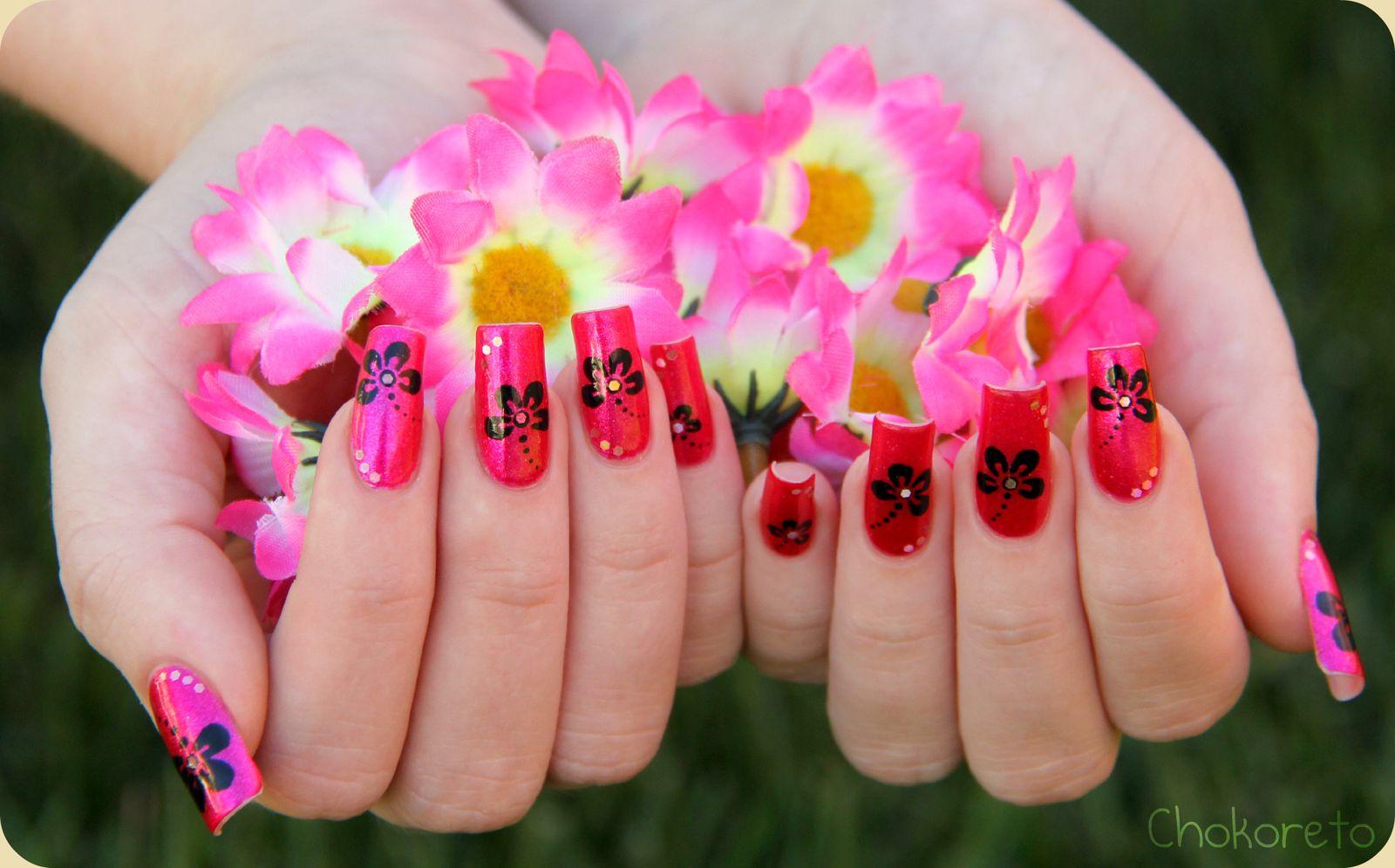Free Running Flowers Chokoreto Nail Art