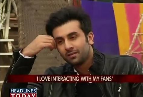 Ranbir-Kapoor-on-the-couch-with-Koel.JPG