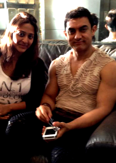 Aamir-Khan-shoots-for-a-song-for-Dhoom-3.png