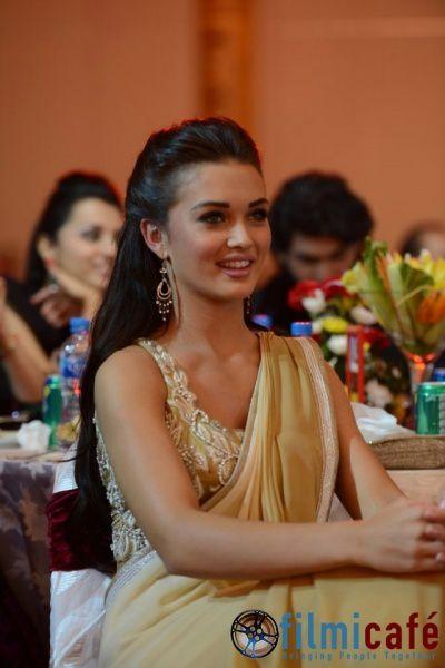 South-Indian-International-Movie-Awards-2013---Ins-copie-13.jpg