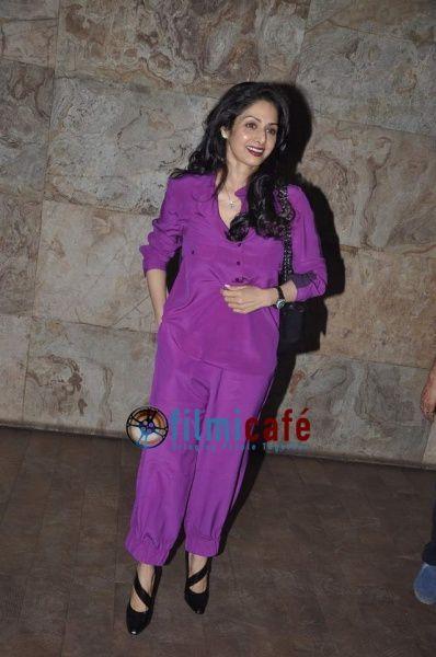 Deepika--Priyanka--Ranveer-at-Ram-leela-Special-Sc-copie-9.jpg