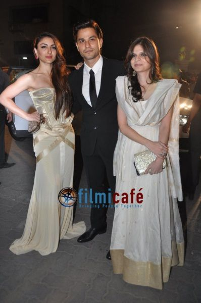 59th-Idea-Filmfare-Awards-Red-Carpet-12.jpg