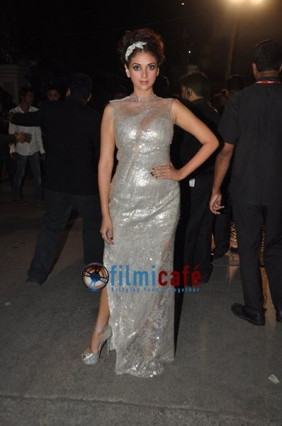 59th-Idea-Filmfare-Awards-Red-Carpet-31.jpg