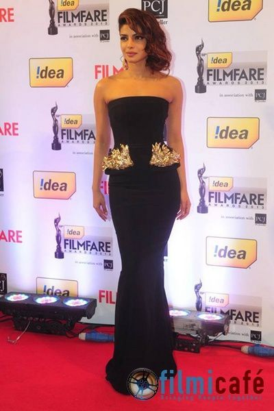 59th-Idea-Filmfare-Awards-Red-Carpet-4.jpg