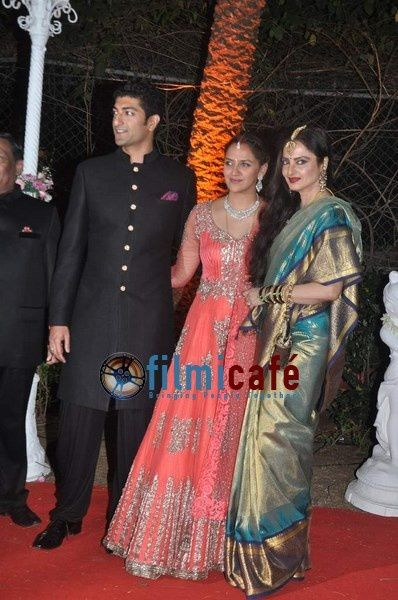 Ahana-Deol-s-Wedding-Reception-10.jpg