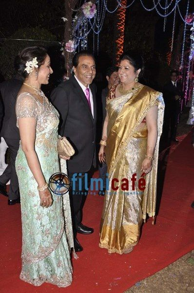 Ahana-Deol-s-Wedding-Reception-11.jpg